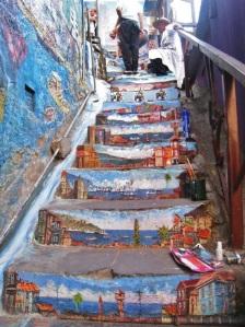 escaleras pintadas arte callejero